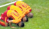 Futbolcular, Göztepe maçı öncesi oruç kararını verdi