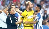 Finalde 4 penaltı kurtaran kaleci, takımını Süper Lige çıkardı