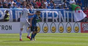 Ibrahimovic, ayağına basan rakibini çocuğu gibi tokatladı