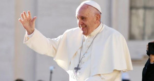 Papadan eşcinsel açılımı: Tanrı seni böyle yaratmış ve böyle seviyor