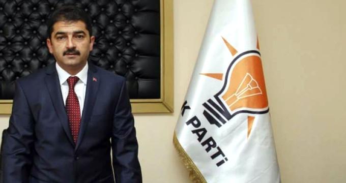 1 Yıl Önce AK Parti'den ihraç edilen belediye başkanı görevden alındı!