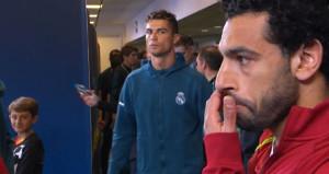 Cristiano Ronaldonun Muhammed Salaha bakışı olay oldu!