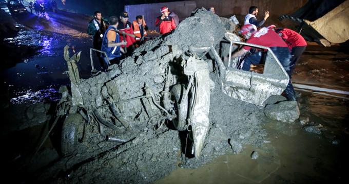 Sel felaketi bir köyü harabeye çevirdi