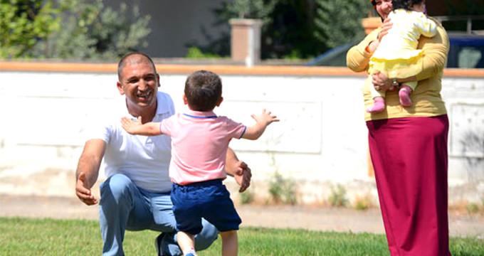 Minik Berat'ın tek cümlesi, çocuğu olmayan ailenin hayatını değiştirdi