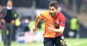 Sabri, Galatasaraydan haber alamazsa futbolu bırakacak