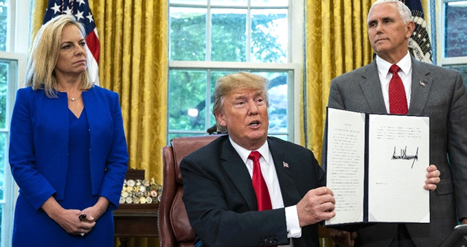 Trump, göçmen politikasında geri adım attı!