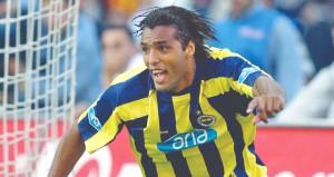 Van Hooijdonk Fenerbahçeye dönüyor