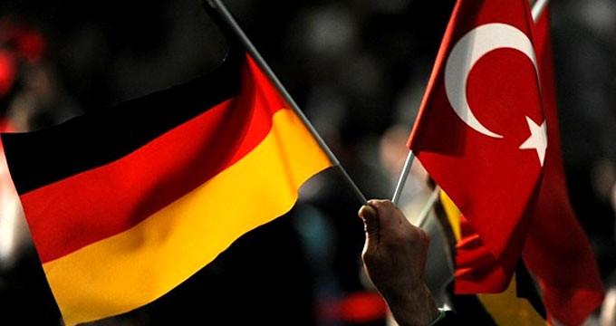 """Alman vekil """"Erdoğan kazanırsa"""" deyip Türkiye'yi küstahça tehdit etti"""