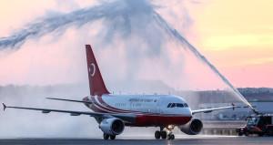 Erdoğanın uçağı 3. Havalimanında su takı ile karşılandı