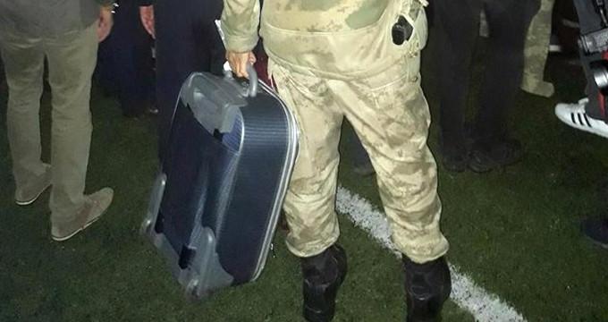 Şehit askerden geriye bir valiz dolusu acı kaldı