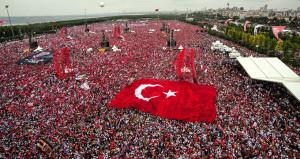 Hükümetten İncenin 5 milyon kişi geldi' dediği miting için ilk yorum