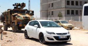 Polis, ateş açarak durdurduğu araçta 4 çuval oy pusulası ele geçirdi
