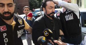 Adnan Oktar'ın iki avukatı iki farklı teröristi savunuyor!