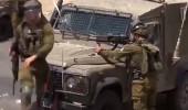İsrail askeri Filistinli genci vurup sevinç çığlıkları attı!