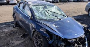 Tesla ilk kez takla attı! Sürücünün durumu ise herkesi şaşırttı