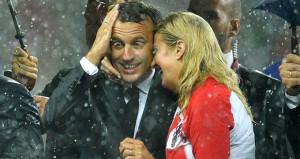 Dünya Kupası finaline Macron ve Kitarovicin görüntüsü damga vurdu