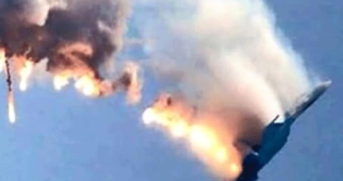 Türkiye sınırına menşei tespit edilemeyen askeri uçak düştü!