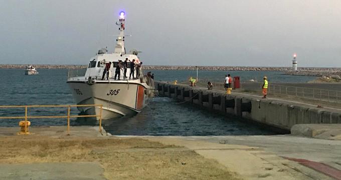 KKTC açıklarındaki tekne faciasından kurtarılanlar Mersin'e getirildi