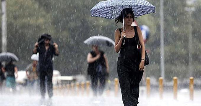 Meteoroloji, İstanbul için saat verip uyarı üstüne uyarı yapıyor