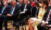 Rus Bakan, First Lady'nin bacaklarını süzünce dünyaya rezil oldu!