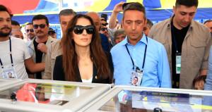 Ali Koçun karısı, dünyaca ünlü fotoğrafçının günlüğüne servet ödüyor