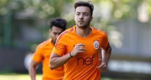 Galatasarayın genç yıldızına teklif yağıyor!