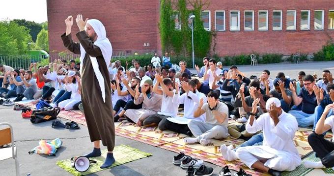 Ülke cehenneme dönünce, Müslümanlar harekete geçti!