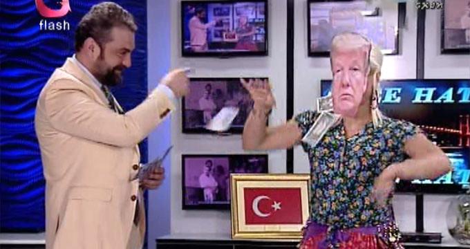 Flash TV'den bir ilginç tepki! Trump'ı oynatıp dolar attılar
