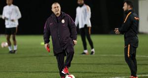 Galatasaray Teknik Direktörü Fatih Terim, oyuncularını sert uyardı