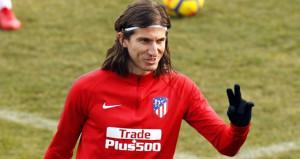 Felipe Luis, PSG için yönetimden izin istedi