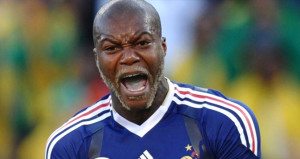 Fransanın efsanesi 38 yaşındaki Djibril Cisse, futbola geri döndü