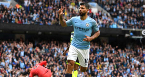 Manchester City, Huddersfielde acımadı