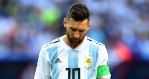 UEFA resmen açıkladı! Lionel Messiye büyük şok