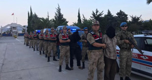 MİT, 2 askerimizi şehit eden 9 PKK'lıyı yakalayıp Türkiye'ye getirdi