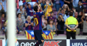 Barcelona, Messinin hat-trick yaptığı maçta PSVye fark attı