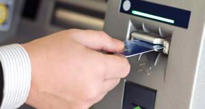 Dolandırıcının cebinden 360 bin kişinin kart şifresi çıktı