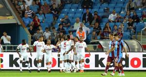 Göztepe, Trabzonsporu deplasmanda devirdi