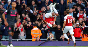 Mesut Özilli Arsenal, Cenk Tosunu üzdü