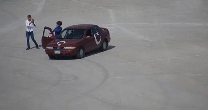 Türkiye'de bir ilk! 'Kiki challenge' yapan sürücüye ceza kesildi