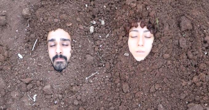 Diri diri toprağa gömüldüler!
