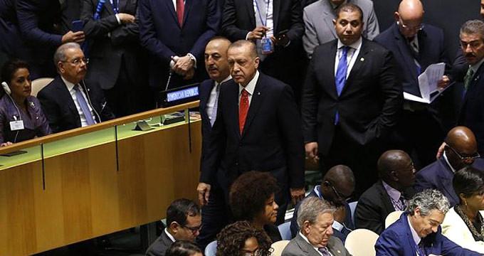 Başkan Erdoğan, Trump'ın konuşma yaptığı sırada salondan ayrıldı mı?