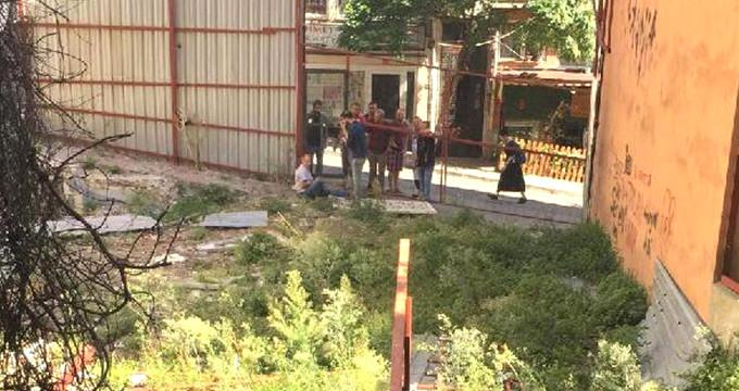 İranlı iş adamı, fidyecilerin elinden kurtulmak için 2. kattan atladı