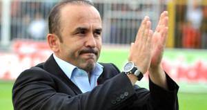 Mehmet Özdilek Süper Lige geri dönüyor