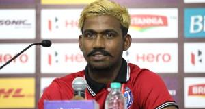 Hintli futbolcunun yaşı, ülkede olay yarattı