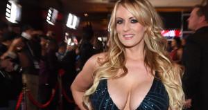 Trump, birlikte olduğu erotik film yıldızına hakaret etti!