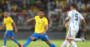 Brezilya, Arjantini uzatmalarda devirdi
