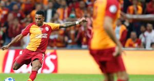 Galatasarayda 2 oyuncu milli takımda sakatlandı