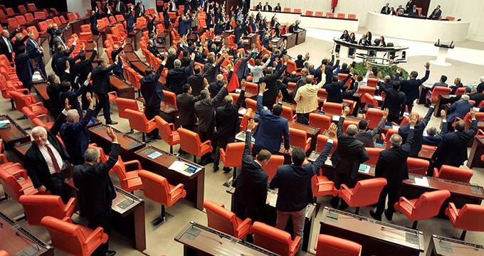 Meclis'te bir ilk! CHP-MHP-HDP ve İYİ Parti aynı önergede buluştu