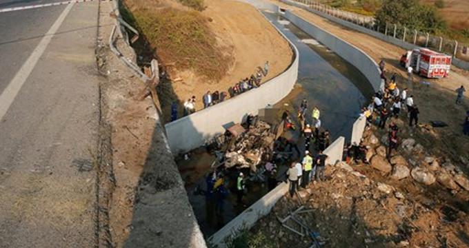 İzmir'deki kaçak göçmen faciasıyla ilgili 11 kişi tutuklandı