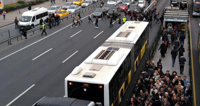 Trafikte yayalar için yeni dönem başlıyor! Uymayana 408 lira ceza